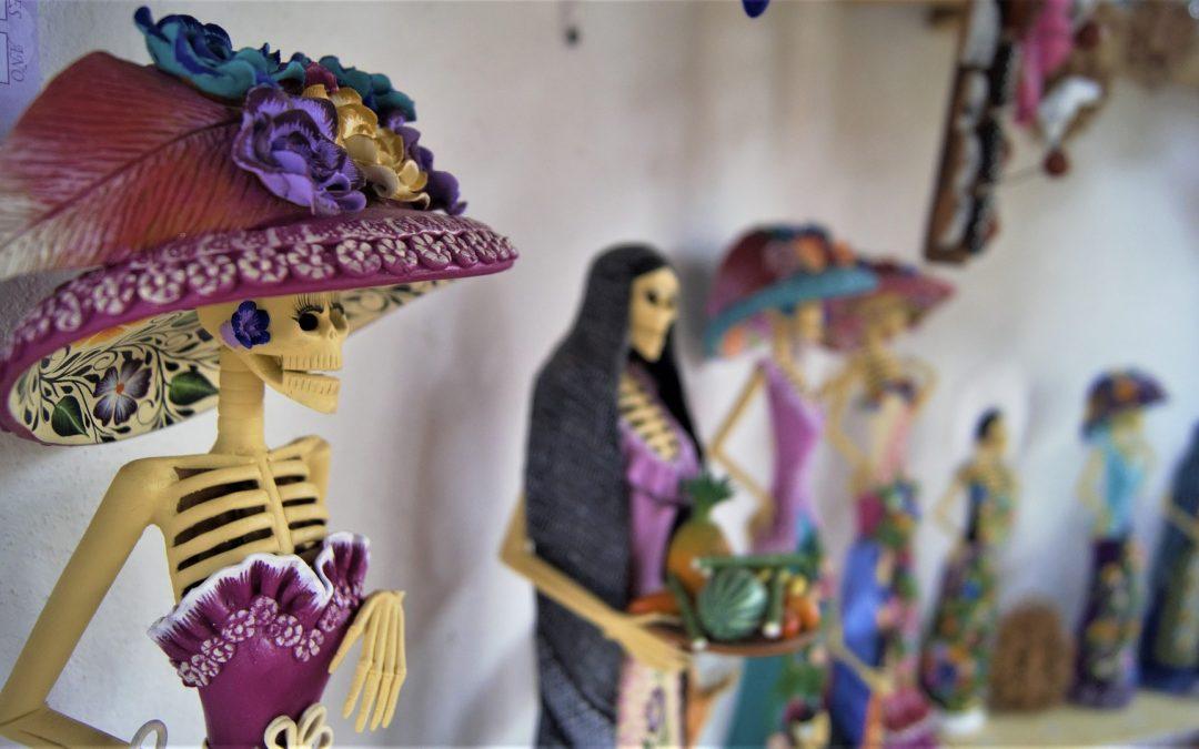#216 – The Mexican Folk Art of Catrina Dolls